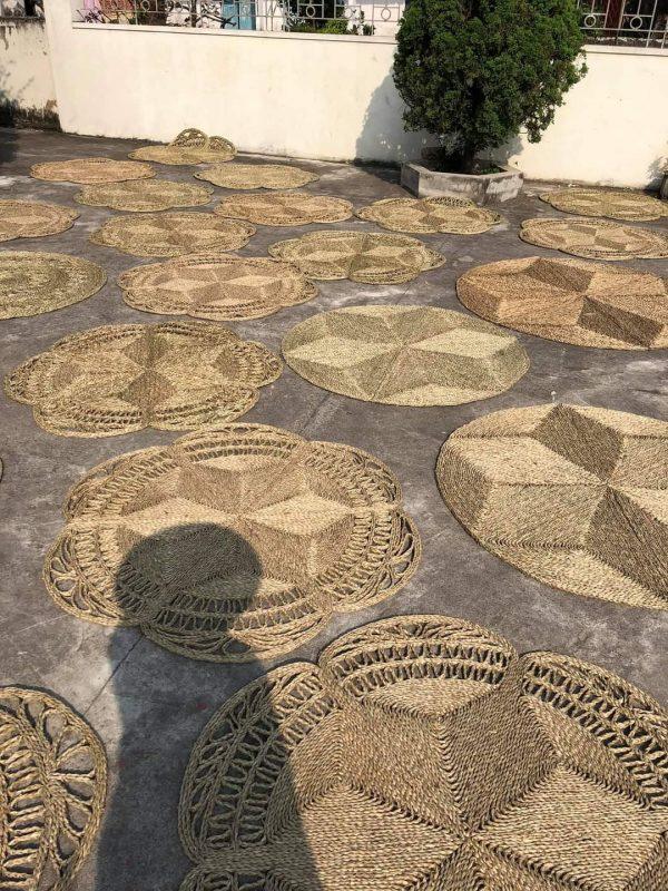 Thảm cói đan kỹ thuật hoa thưa Decor phong cách Vintage D 1,5m 4