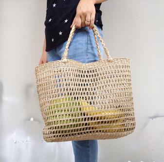 Túi cói xinh đan thưa 1