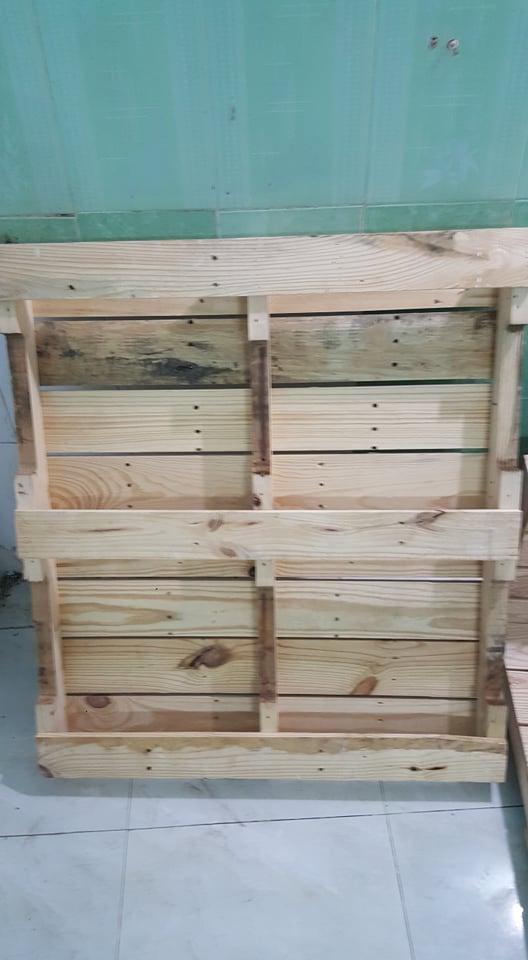 Giường pallet gỗ 2