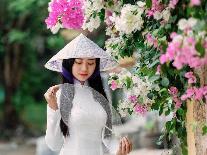Ảnh: Hue, truly Vietnam.