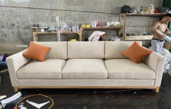 Ghế Sofa Khung Xuơng Gỗ Sồi Bọc Vải Hiện Đại 1