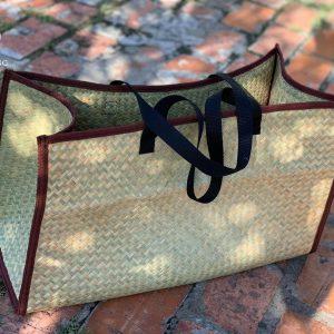 Túi Xách Đồ Size Lớn Đáy Vuông Handmade Cỏ Bàng 1