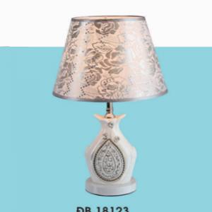 ĐÈN BÀN ĐB18123