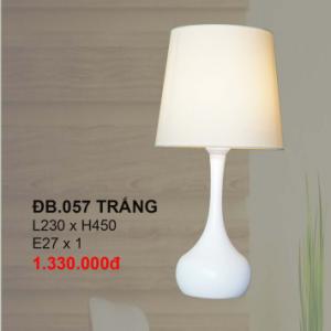 Đèn bàn hiện đại DB057